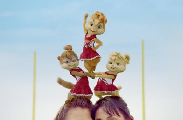 Le acrobatiche Chipette in un'immagine tratta dal film Alvin Superstar 2