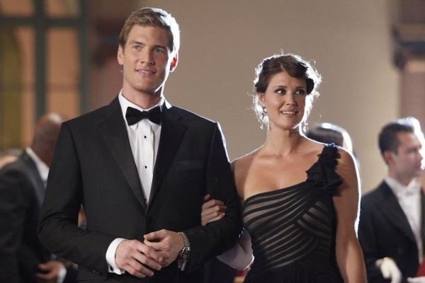 Chuck: Ryan McPartlin e Sarah Lancaster nell'episodio Chuck Vs. The Angel de la Muerte