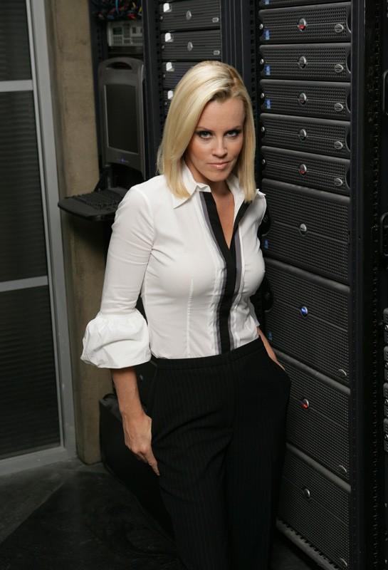 Jenny McCarthy in una foto promozionale per l'episodio 'Chuck Versus the Suburbs ' della serie tv Chuck