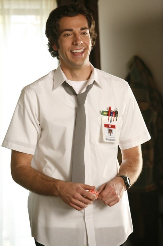 Zachary Levi è Chuck nell'omonimo telefilm