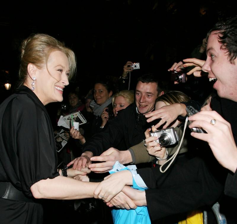 Meryl Streep acclamata dalla folla alla presentazione del film E' complicato