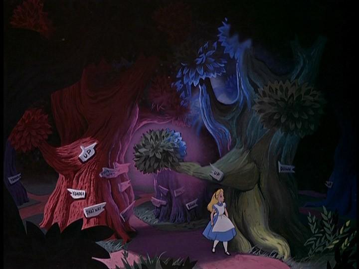 Alice in una divertente scena del film d\'animazione Alice nel paese delle meraviglie