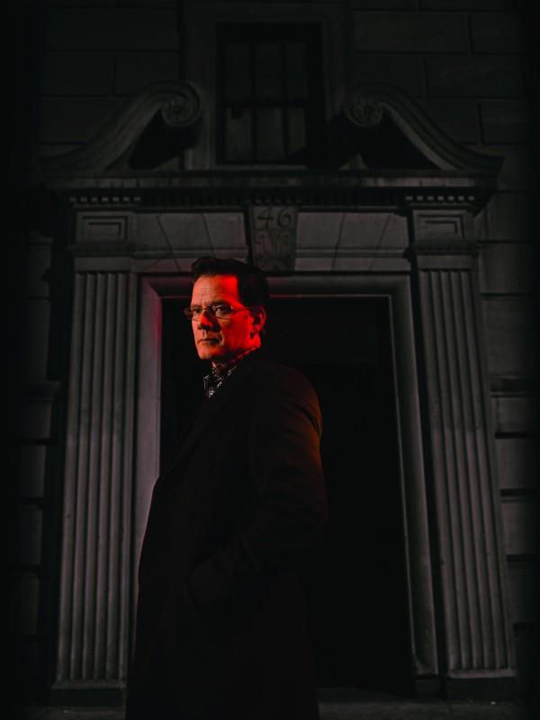 Damages: Campbell Scott in una immagine promozionale della stagione 3