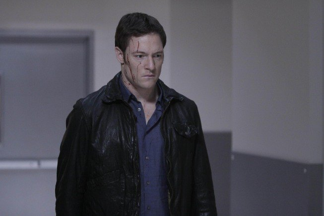 Dollhouse: Tahmoh Penikett nell'episodio The Hollow Men