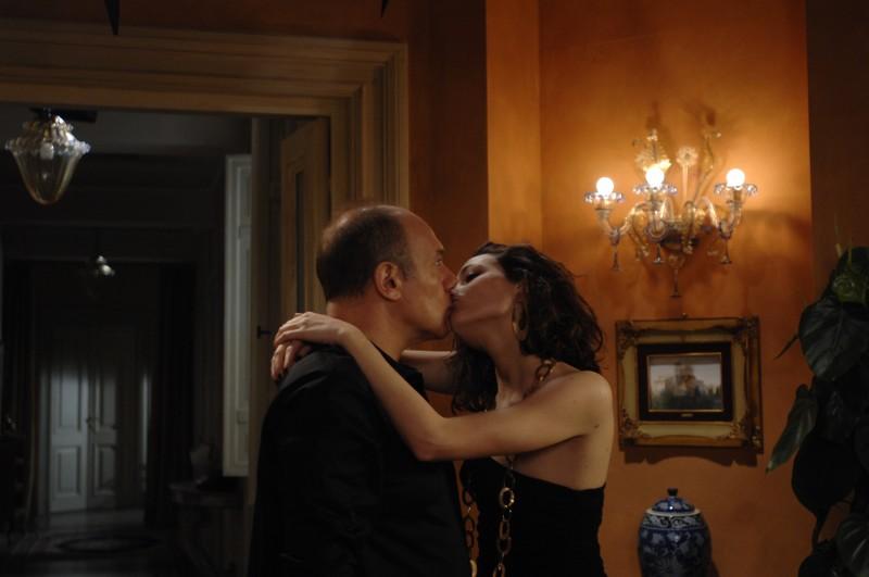 Carlo Verdone e Laura Chiatti in una scena di Io, loro e Lara