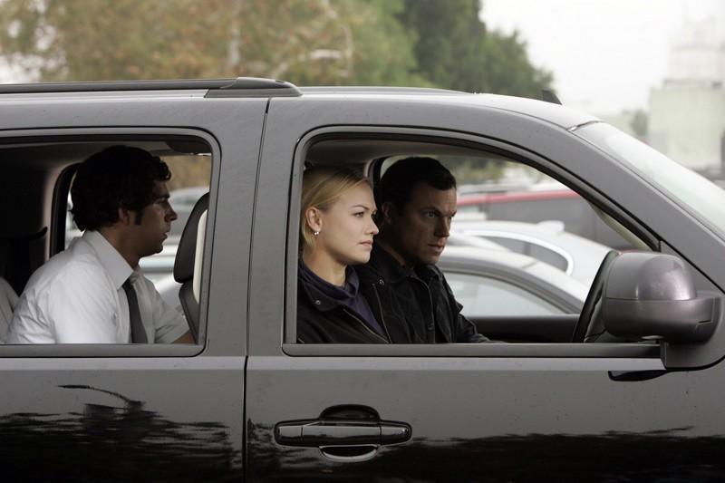 Chuck (Zachary Levi), Sarah (Yvonne Strahovski) e John (Adam Baldwin) alla guida nell'episodio Chuck vs. Gli insaccati