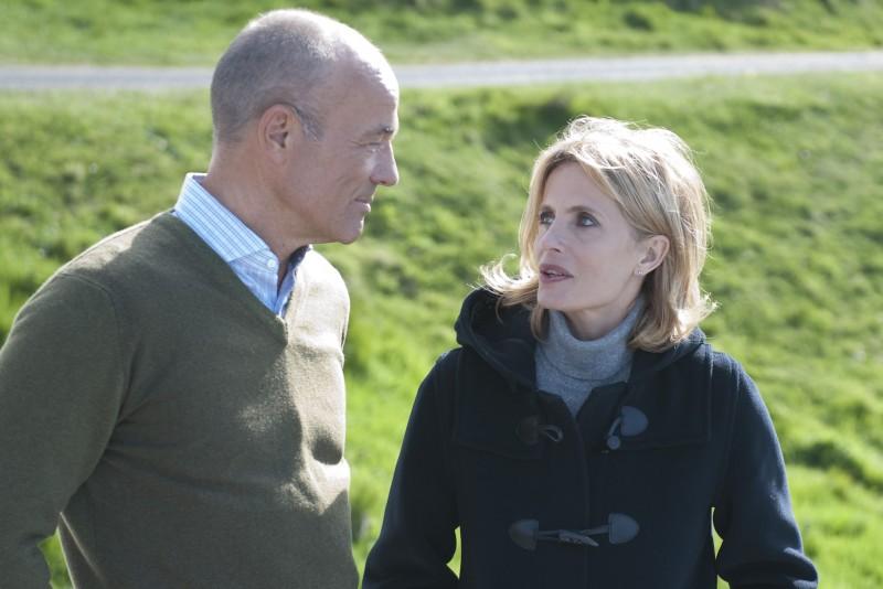 Heiner Lauterbach ed Isabella Ferrari in una scena della fiction Nel Bianco