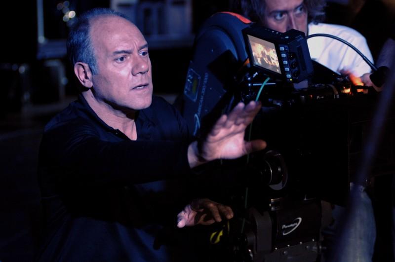 Il regista Carlo Verdone sul set del film Io, loro e Lara