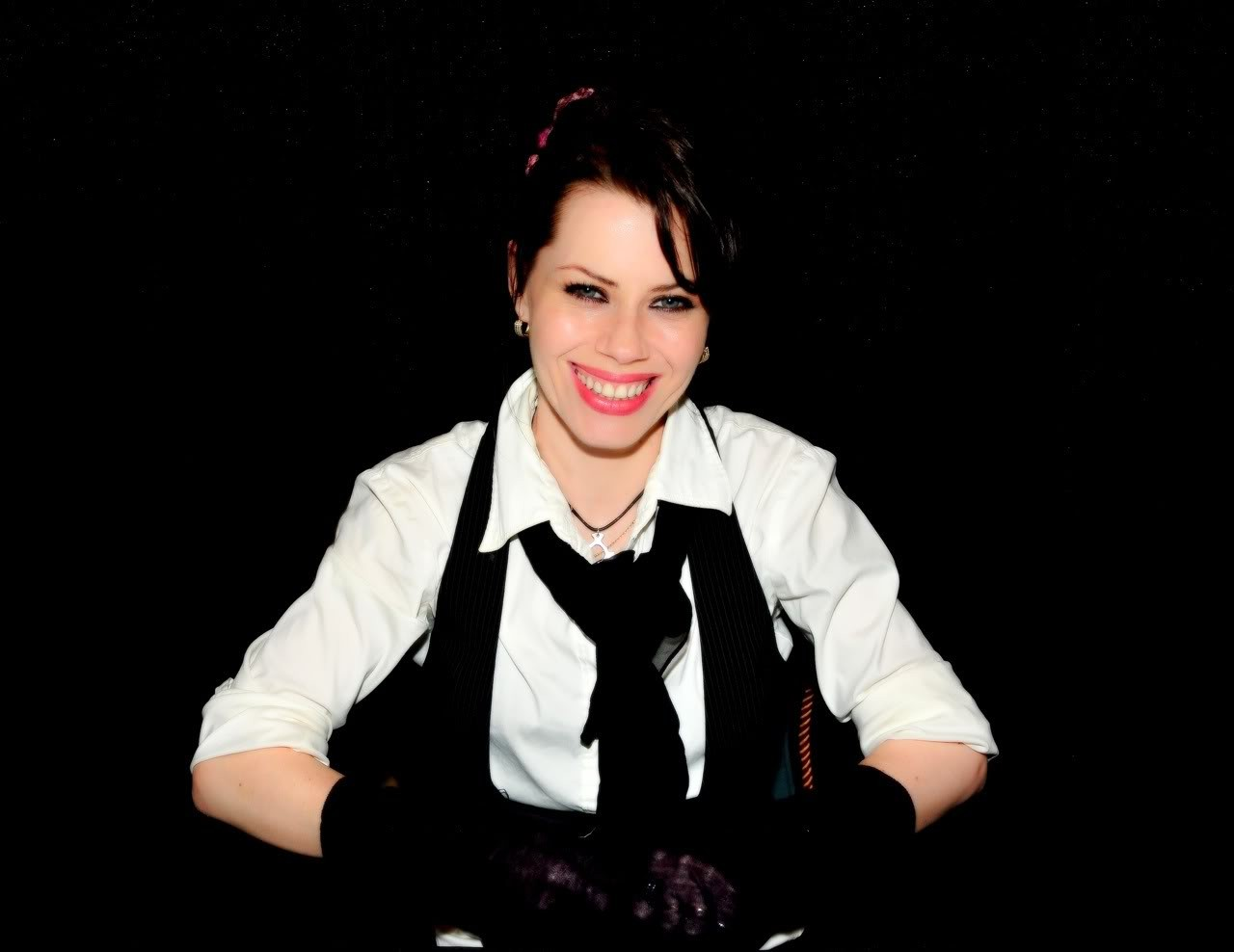 Wallpaper: Fairuza Balk
