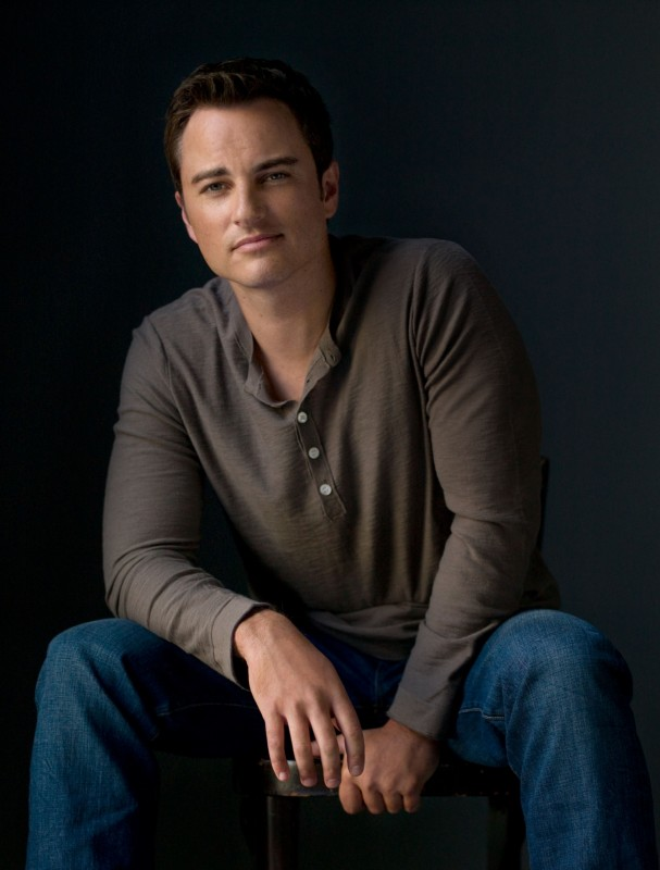 Life UneXpected: Kerr Smith è Ryan in una foto promozionale