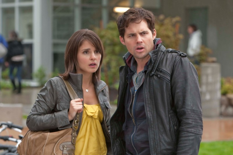 Life UneXpected: Shiri Appleby e Kristoffer Polaha in una scena dell'episodio Rent Uncollected