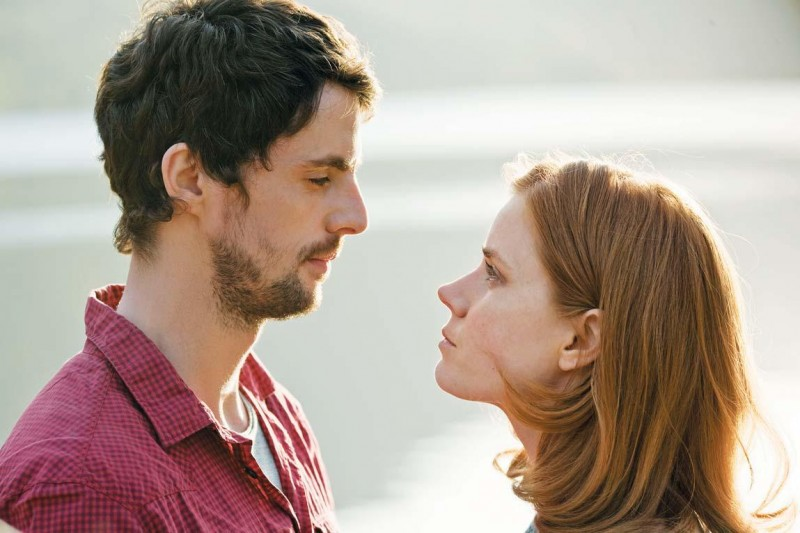 Matthew Goode e Amy Adams in una scena del film Leap Year
