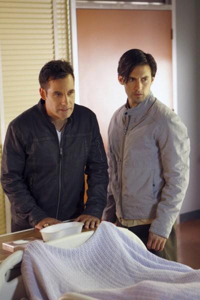 Milo Ventimiglia e Adrian Pasdar in una scena di Brother's Keeper dalla quarta stagione di Heroes