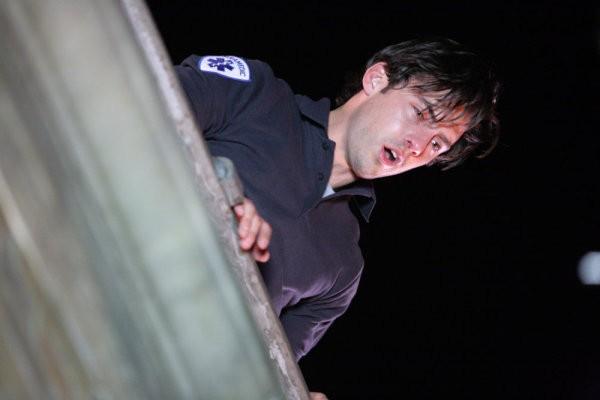 Milo Ventimiglia in una scena di The Fifth Stage, dalla quarta stagione di Heroes