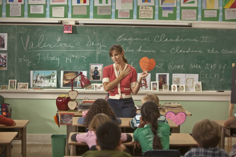 Jennifer Garner a scuola in una sequenza del film Valentine's Day