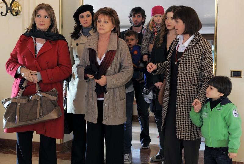 Una scena di gruppo di Caterina e le sue figlie 3
