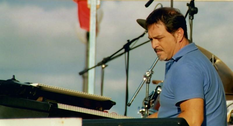 Luigi Mas prima di un concerto (cr Merlino Edizioni Musicali 2009)