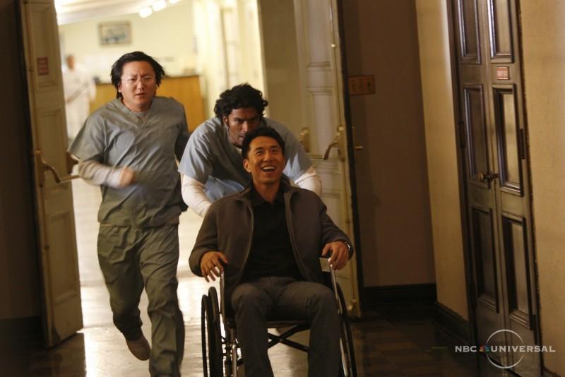 Sendhil Ramamurthy, Masi Oka e James Kyson Lee in una scena di Close to You tratta dalla quarta stagione di Heroes