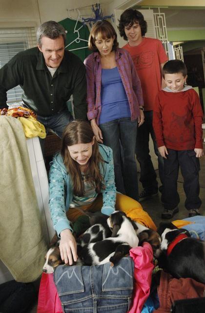 The Middle: Eden Sher, Neil Flynn e Patricia Heaton nell'episodio The Jeans