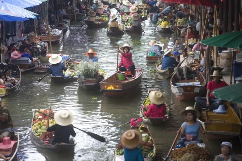 Un'immagine tratta dal film Bangkok Dangerous