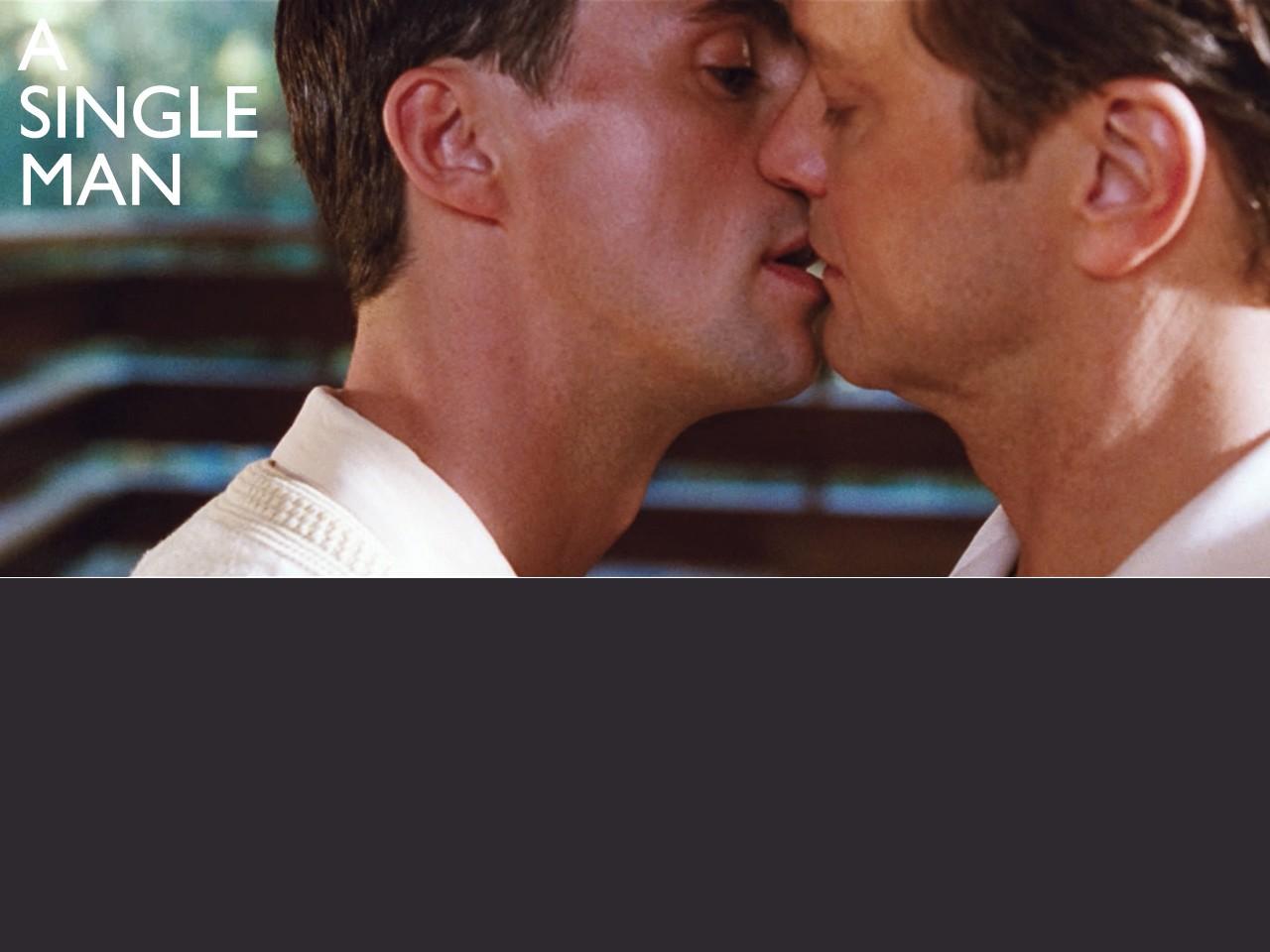 Wallpaper del film A Single Man, con Colin Firth nella scena di un bacio