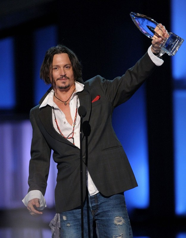 Johnny Depp si aggiudica il premio come 'Favorite Movie Actor of the Decade' ai People's Choice Awards 2010
