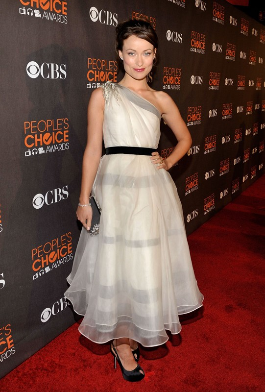 Olivia Wilde sul red carpet dei People's Choice Awards, a Los Angeles, il 6 Gennaio 2010