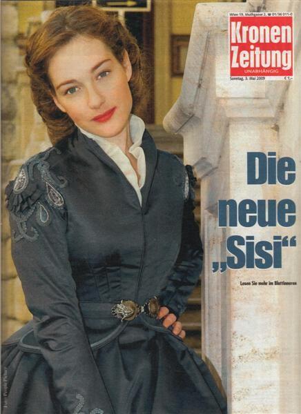 Cristiana Capotondi è 'La nuova Sissi' nella pagina di un magazine tedesco