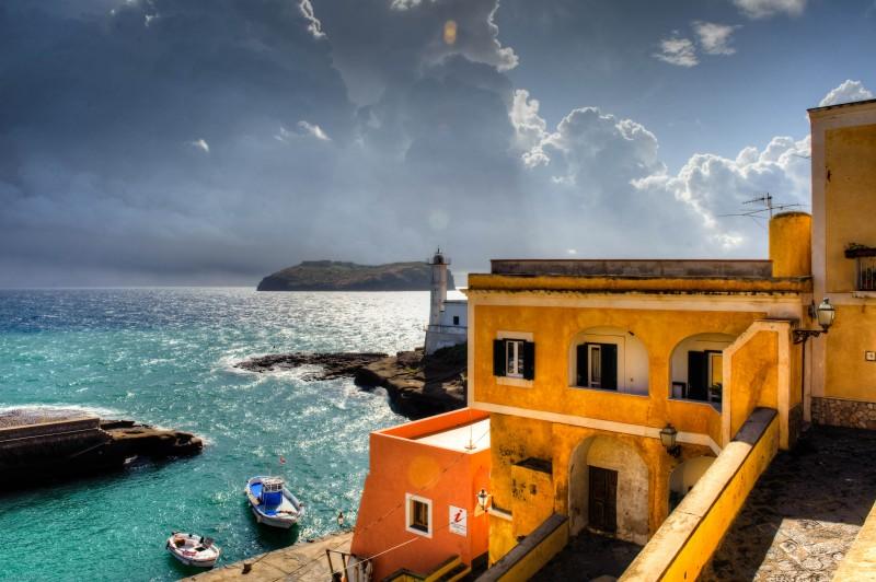 Un'immagine suggestiva tratta dal film Sul mare di Alessandro D'Alatri