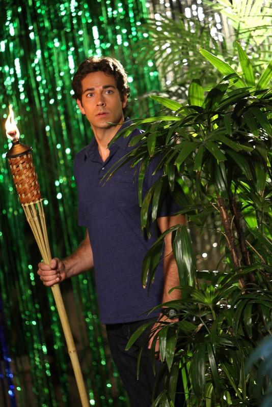 Chuck (Zachary Levi) in una scena dell'episodio Chuck Vs. The Three Words