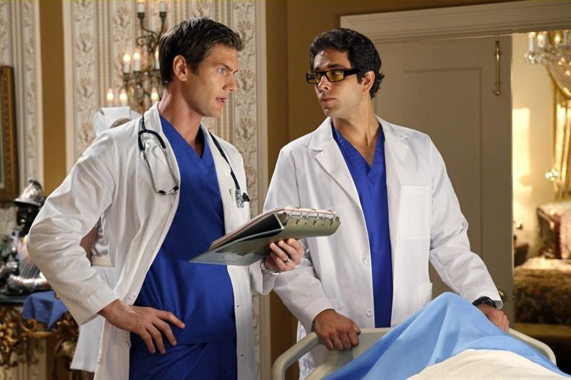 Ryan McPartline e Zachary Levi nell'episodio Chuck Vs. The Angel de la Muerte