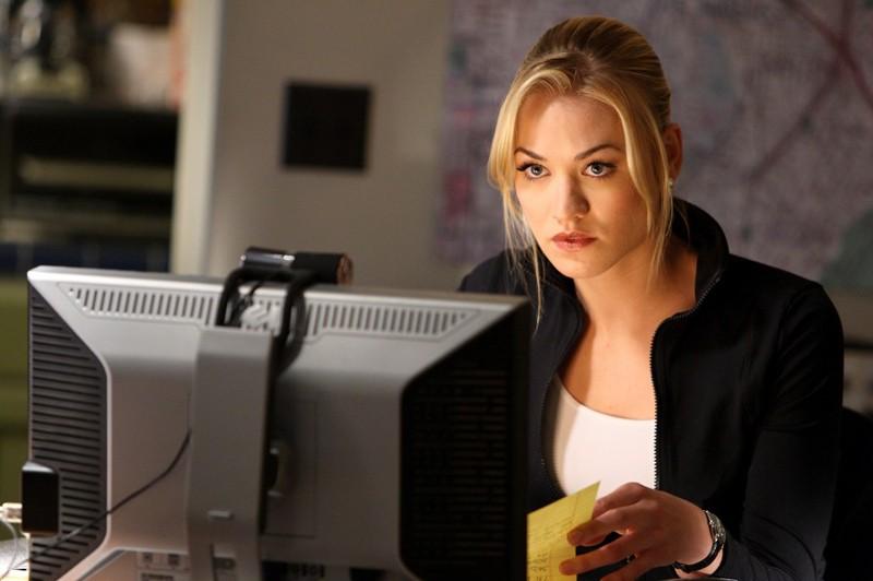 Sarah (Yvonne Strahovski) in una scena dell'episodio Chuck Vs. The Three Words