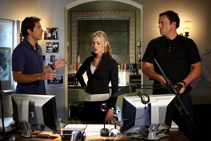 Chuck: Zachary Levi, Yvonne Strahovski ed Adam Baldwin nell'episodio Chuck Vs. The Three Words