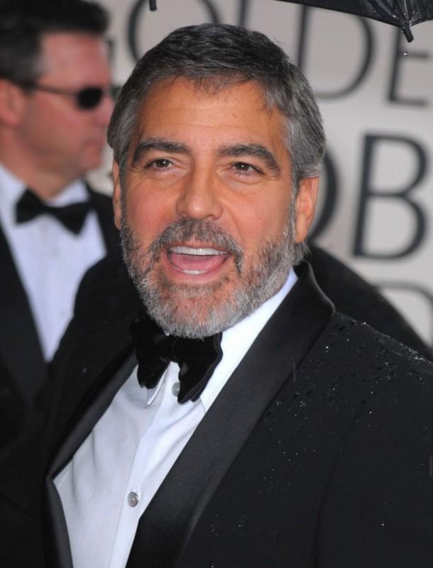 George Clooney, protagonista di Tra le nuvole, sul tappeto rosso dei 67° Golden Globes (2010)