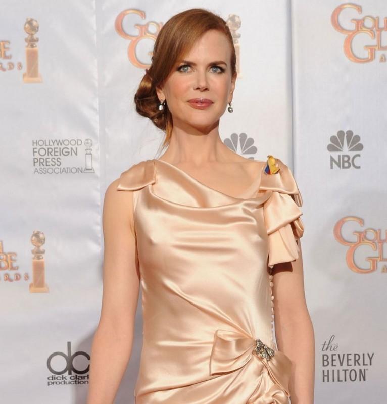 Nicole Kidman, interprete del musical Nine, sul tappeto rosso dei 67° Golden Globes (2010)