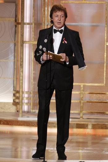 Paul McCartney in veste di presentatore ai Golden Globes 2010