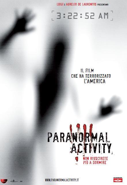 La locandina italiana del film Paranormal Activity