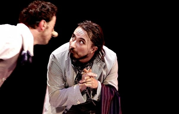 Mario Bois in scena con Questioni di naso (2009) Prismadanza + Teatro degli Episodi