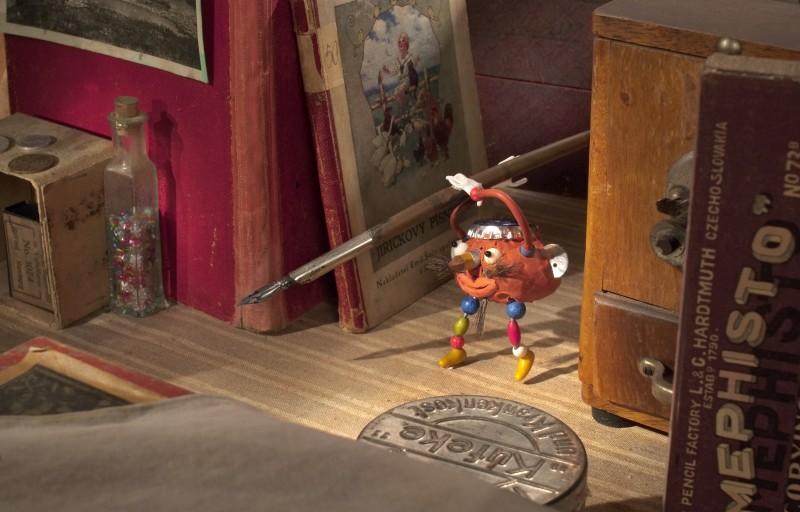 Un'immagine tratta dal film In the attic - Who has a Birthday Today?
