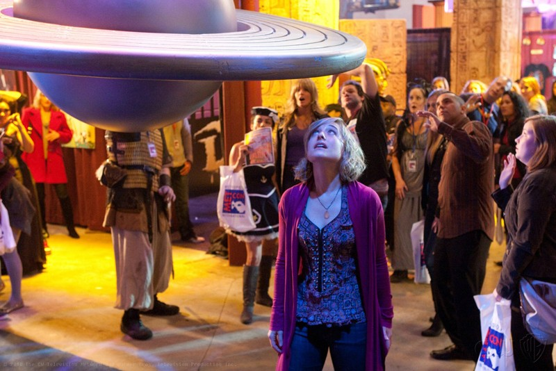 Chloe (Allison Mack) in una scena dell'episodio Warrior di Smallville
