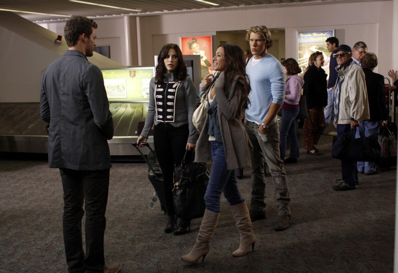 Julian (Austin Nichols), Brooke (Sophia Bush), Alex (Mitch Ryan) e Alex (Jana Kramer) nell'episodio Weeks Go By Like Days di One Tree Hill