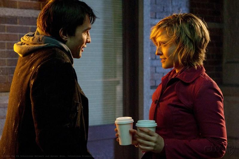 Stephen (Carlo Marks) e Chloe (Allison Mack) in una scena dell'episodio Warrior di Smallville