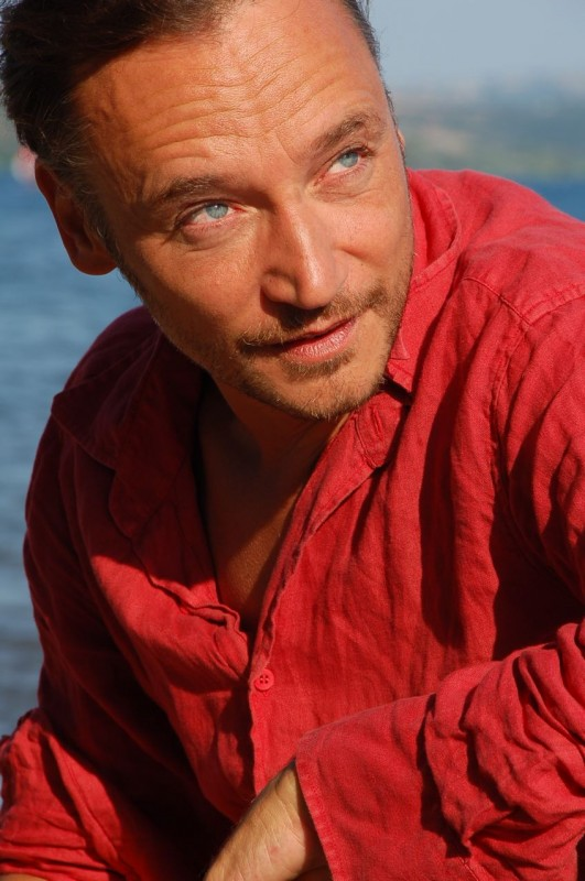 Un ritratto di Fabio Balasso.
