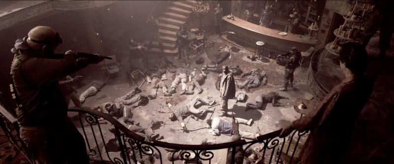 Denzel Washington alias Eli in una scena del film Codice Genesi