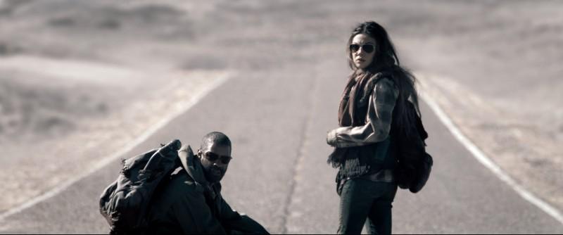 Mila Kunis e Denzel Washington, protagonisti del film Codice Genesi
