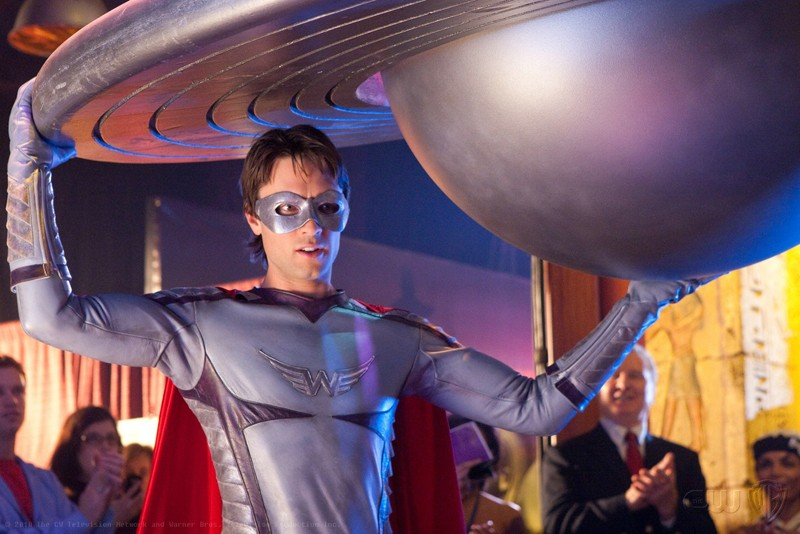 Stephen (Carlo Marks) nei panni di 'Warrior Angel' in una scena dell'episodio Warrior di Smallville