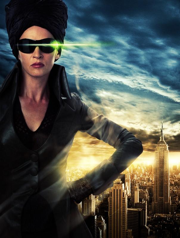 Un'immagine promo di Uma Thurman (Medusa) nel film Percy Jackson e gli dei dell'Olimpo: Il ladro di fulmini