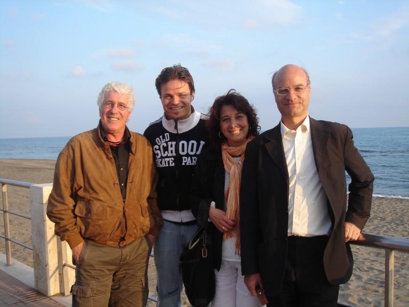 Barbato De Stefano con Ninetto Davoli nel 2004