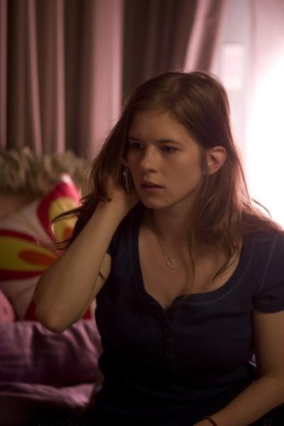 Magda Apanowicz in una scena del pilot della serie 'Caprica'