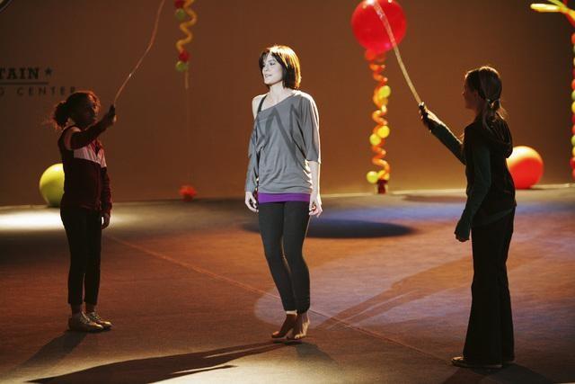 Make it or Break it: Chelsea Hobbs in un momento dell'episodio Are We Having Fun Yet?